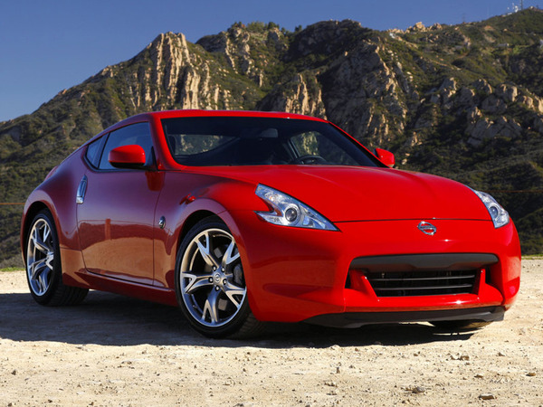 nissan 370z essais fiabilit avis photos prix. Black Bedroom Furniture Sets. Home Design Ideas