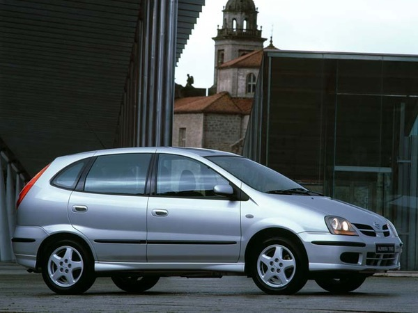 Photo NISSAN ALMERA TINO
