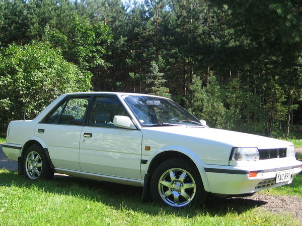 Photo NISSAN BLUEBIRD