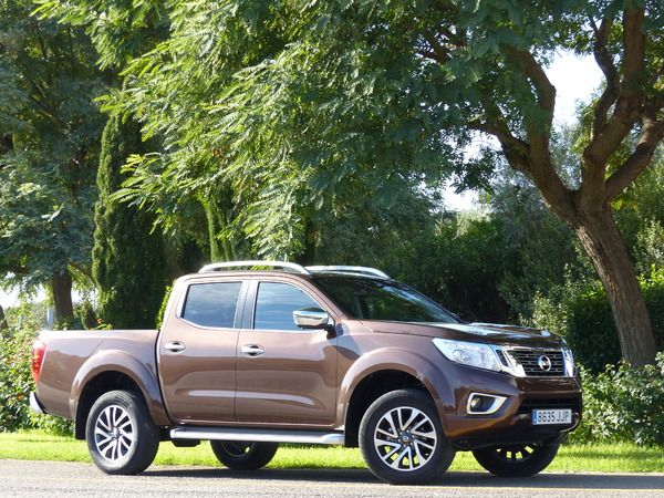 Photo nissan np300 navara