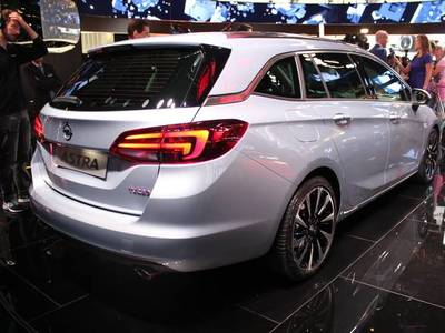 Opel Astra 5 Sports Tourer