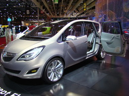 Opel Concept Flexdoors