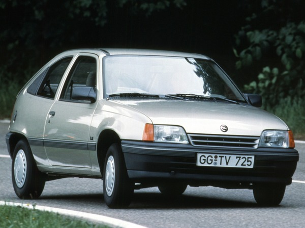 Photo opel kadett 1987