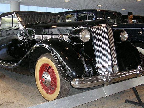 Packard Super Eight