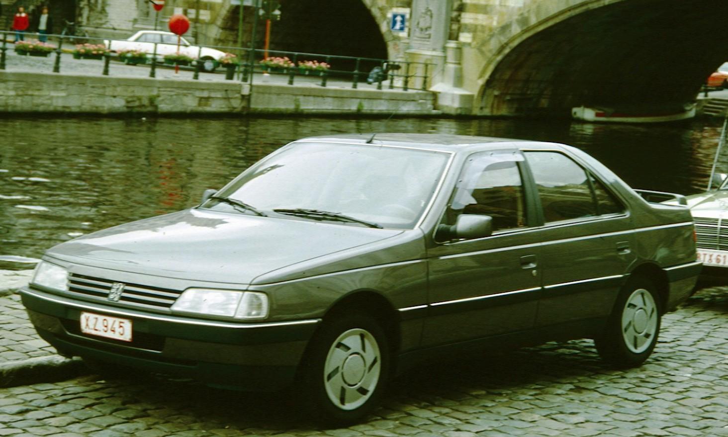 Peugeot 405