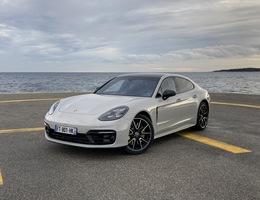 photo de Porsche Panamera 2