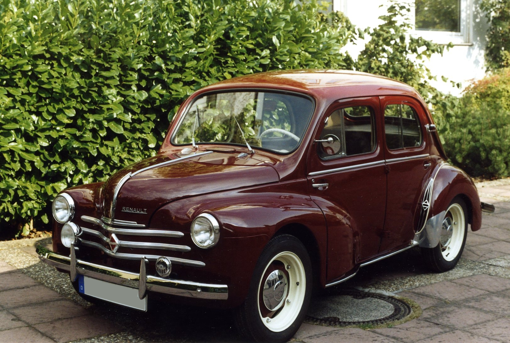 renault 4cv essais fiabilit avis photos prix. Black Bedroom Furniture Sets. Home Design Ideas