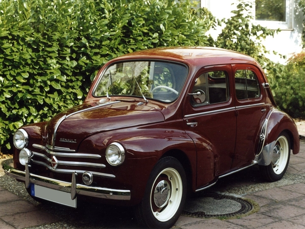 renault 4cv essais fiabilit avis photos vid os. Black Bedroom Furniture Sets. Home Design Ideas