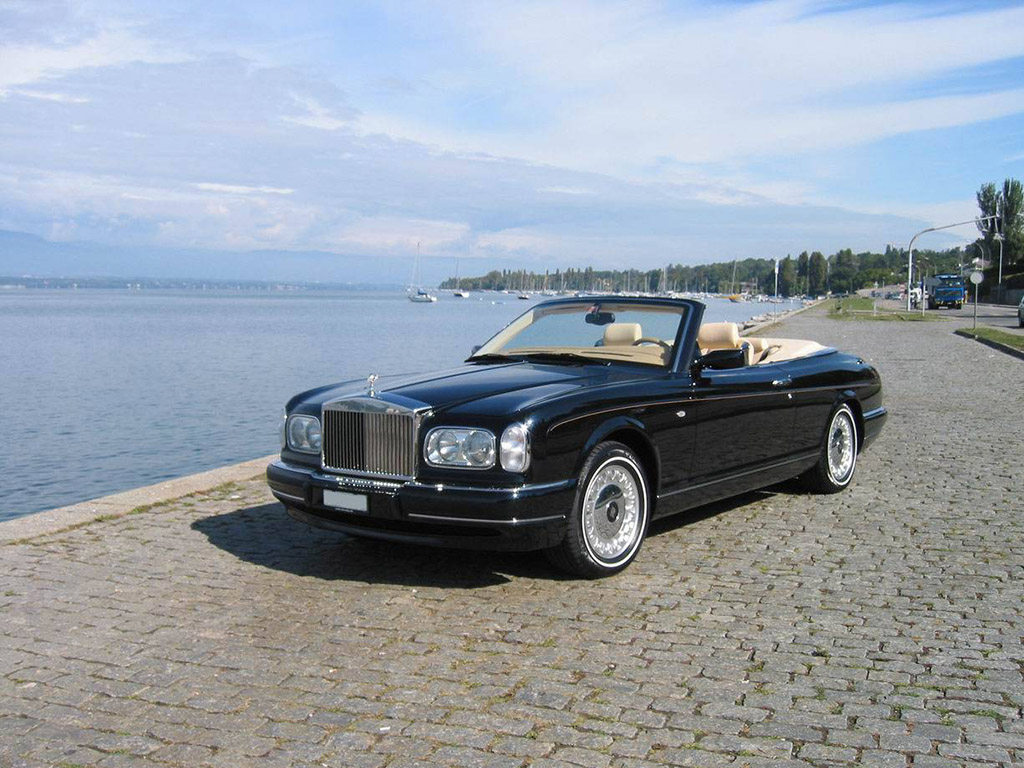 rolls royce corniche 4 essais fiabilit avis photos prix. Black Bedroom Furniture Sets. Home Design Ideas