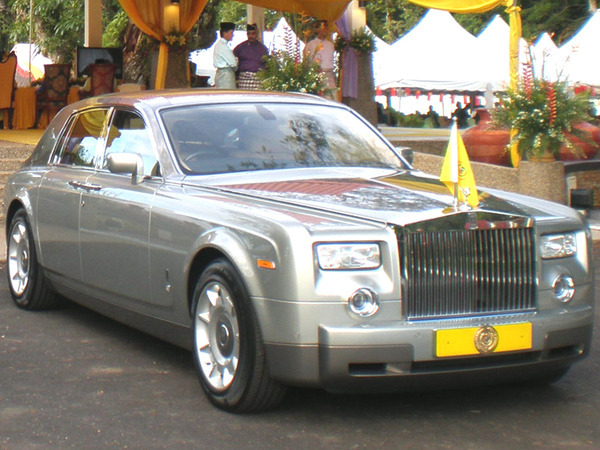Photo rolls royce phantom 2016