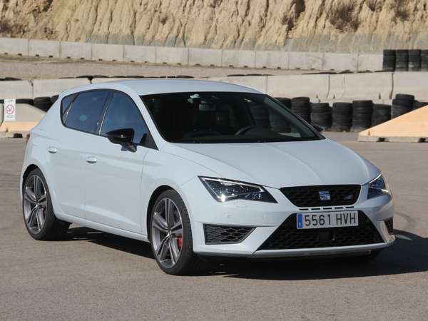 fiche technique seat leon iii 2 0 tsi 290 cupra dsg 2015 la centrale. Black Bedroom Furniture Sets. Home Design Ideas