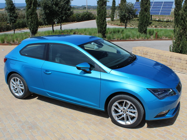 seat leon 3 sc essais fiabilit avis photos prix. Black Bedroom Furniture Sets. Home Design Ideas
