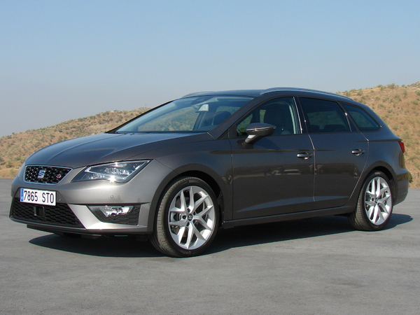 seat leon 3 st essais fiabilit avis photos vid os. Black Bedroom Furniture Sets. Home Design Ideas