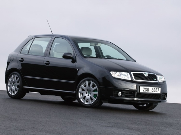 skoda fabia essais fiabilit avis photos prix. Black Bedroom Furniture Sets. Home Design Ideas