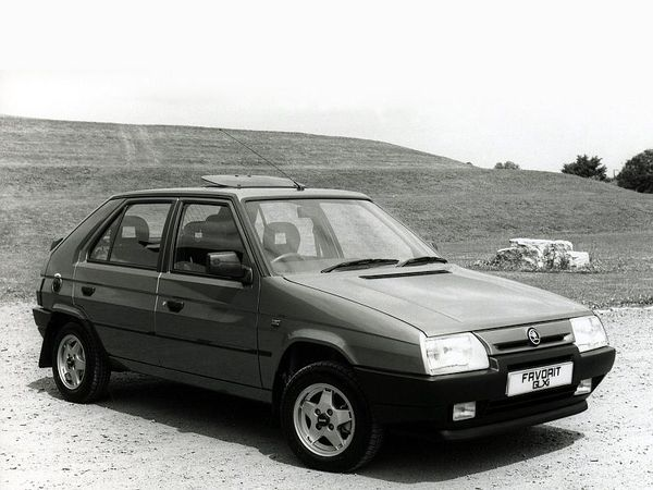 Photo skoda favorit 1992