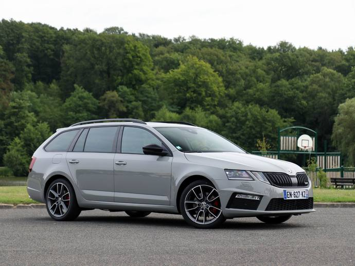 skoda octavia 3 combi rs essais fiabilit avis photos prix. Black Bedroom Furniture Sets. Home Design Ideas
