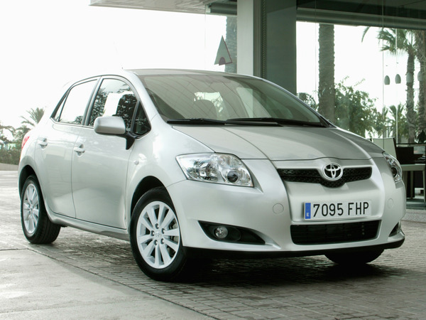 Photo toyota auris 2011