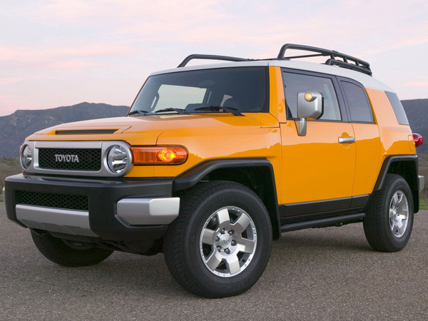 toyota fj cruiser essais fiabilit avis photos vid os. Black Bedroom Furniture Sets. Home Design Ideas