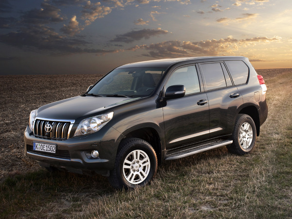 Photo toyota land cruiser 2011