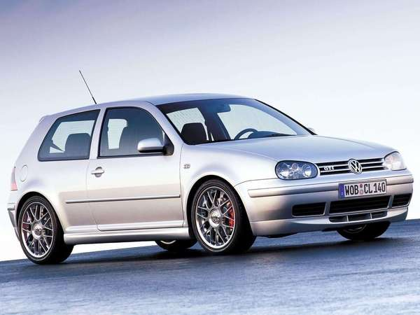 Photo volkswagen golf 2003