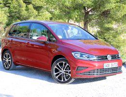 photo de Volkswagen Golf Sportsvan