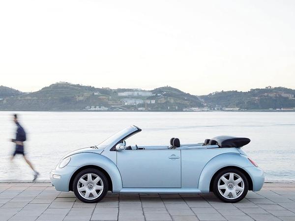 Photo volkswagen new beetle 2010