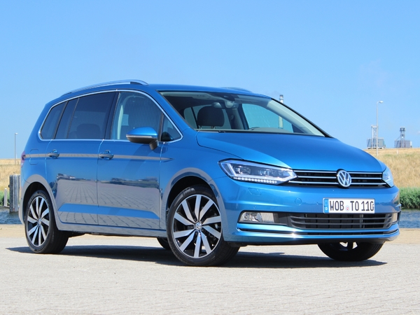 Photo volkswagen touran 2020