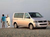 Photo Transporter 6 Minibus