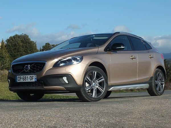 Photo volvo v40 cross country