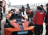 GT4 2008: Premiers pas de KTM en compétition automobile