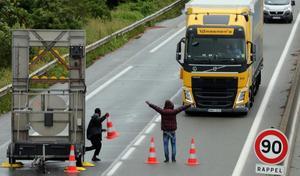 Accident: mort sur l'autoroute à cause d'un barrage sauvage