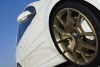 Volkswagen Golf V Thunder Bunny : white power !