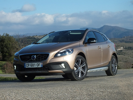 Essai - Volvo V40 Cross Country : une question d'apparence