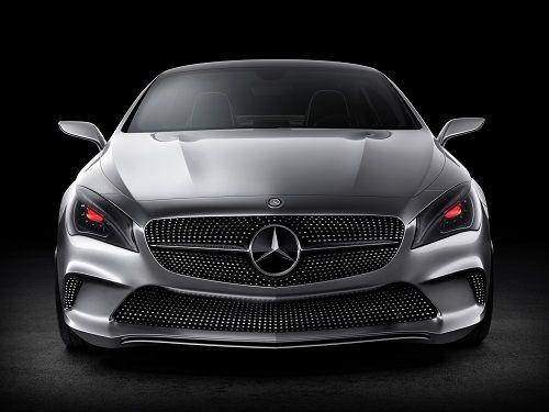 La Classe S de Mercedes préfère l'homme à la machine