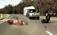Vidéos Sécurité Routière : Angleterre / Australie, des styles... différents