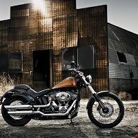 Nouveauté 2011 - Harley Davidson: Le Softail se dépouille avec le label Blackline