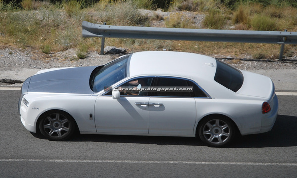 Spyshot : nouvelle Rolls-Royce Ghost, toujours aussi peu farouche