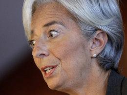 Grèves : alors que le risque de pénurie faiblit, Christine Lagarde brandit l'addition