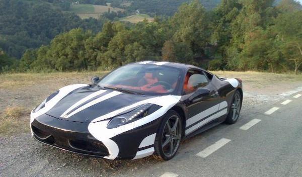 1ère photo de la nouvelle Ferrari 458 Italia dans la nature