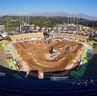 SX 2011 - Los Angeles : Ryan Villopoto en véritable patron