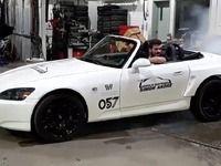 Il met un moteur électrique de Tesla dans sa Honda S2000