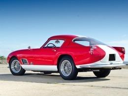 """Une Ferrari 250 GT  berlinetta """"Tour de France"""" vendue 2,5 millions d'euros"""