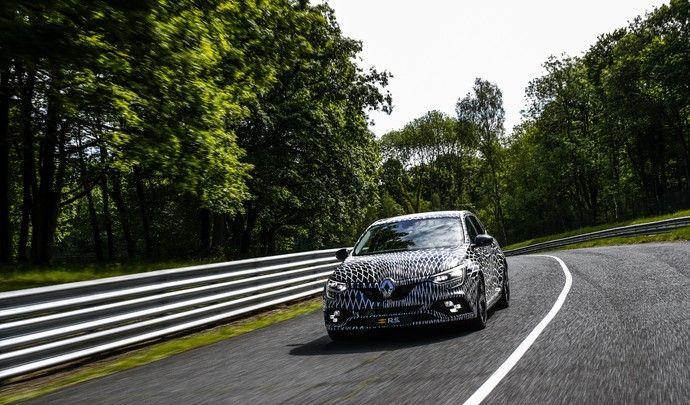 Renault Mégane RS : deux châssis et quatre roues directrices