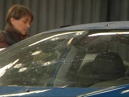 Des policiers tirent sur la voiture d'une femme par erreur