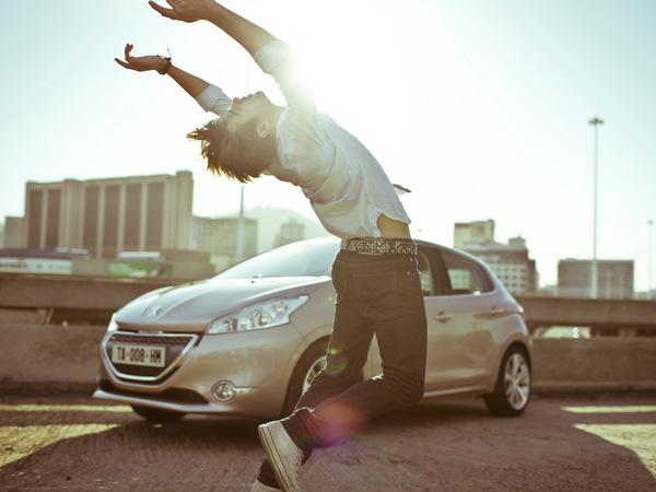 Nouvelle Peugeot 208 : toutes les infos, photos et vidéos