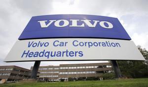Volvo va licencier 1300 personnes en Suède