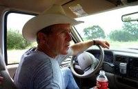 Etats-Unis : George Bush signe la loi obligeant la hausse de l'efficacité énergétique des voitures