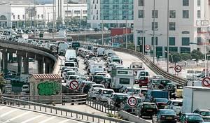 Confinement : l'impressionnante baisse du trafic routier en France