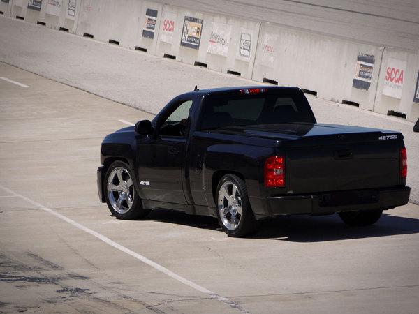 Chevrolet Silverado 427SS par Fastlane, mieux qu'un Dodge Ram SRT10 ?