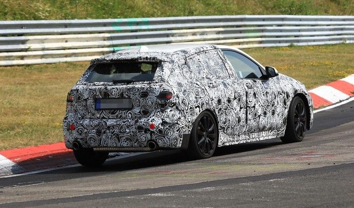BMW rentre dans le rang avec la future M140i en quatre cylindres et quatre roues motrices